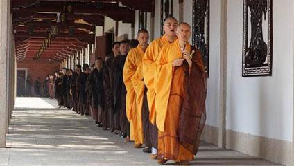 佛教与基督教的修行方式有什么不同?